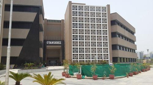 Gyan Shree School on Noida Expressway
