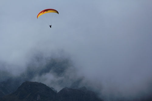 Paragliding in Solang valley