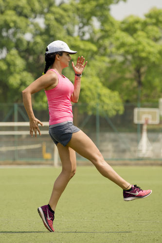 Agency: STUDIO FRY for First Run App with Gul Panag